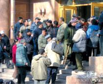 >北京兩會數百警力戒備 數十人被抓