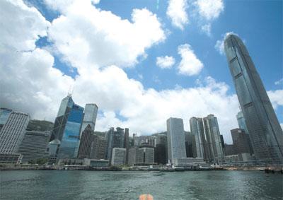 內地孕婦湧香港產子    港府收閘