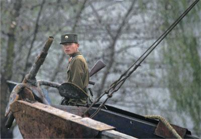 >北韓軍人集體逃亡追捕組入中國