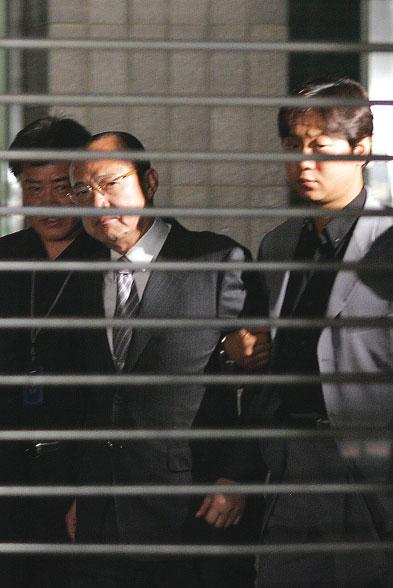 韓第10大富豪涉嫌暴力被訴 全社會關注