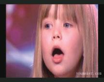 >無師自通 六歲女孩美聲驚英倫