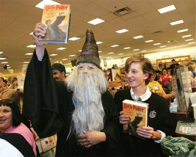 >全球搶購《哈利.波特》終結篇