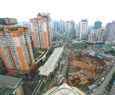 >中國房價飆漲  調控變空調