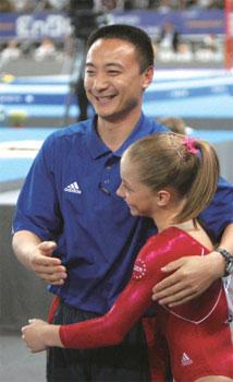 >美國女子體操世界冠軍和其中國教練