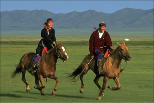 蒙古跨過大漠尋找「第三鄰居」