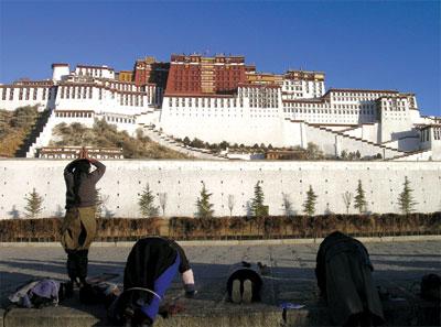 顛覆想像中的西藏——女作家朱瑞專訪