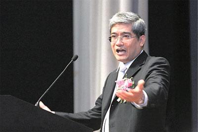 郎咸平談中國經濟:未來很悲慘