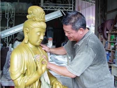 佛緣成就雕塑家黃映蒲