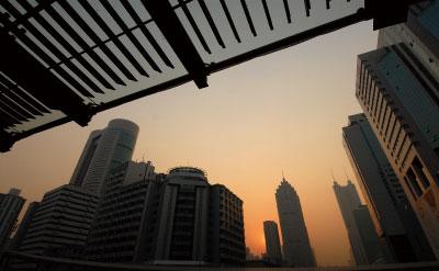 中國首富到哪裏去了?富豪榜預告階下囚