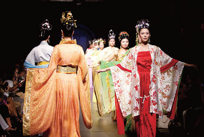 漢服回歸將形成服飾新文化