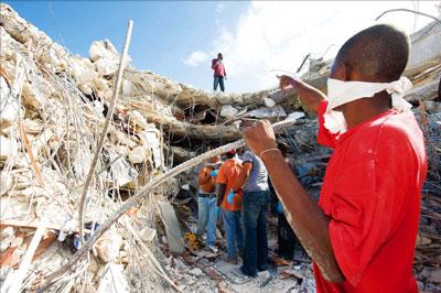 海地強震  恐二十萬人罹難