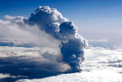 【生態環境】史前海洋火山與遠古生物興衰