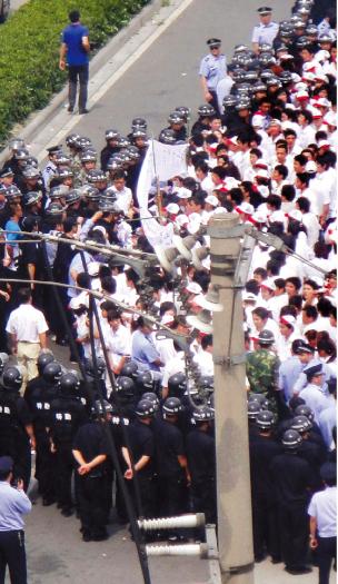 中國罷工潮 社會劇變的催化劑