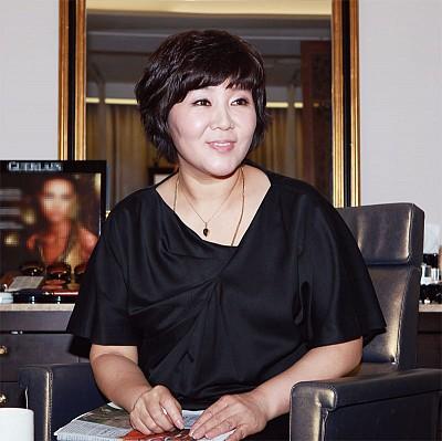 行業現場 │ 敬重古典模式 李英愛指定的理髮師李喜