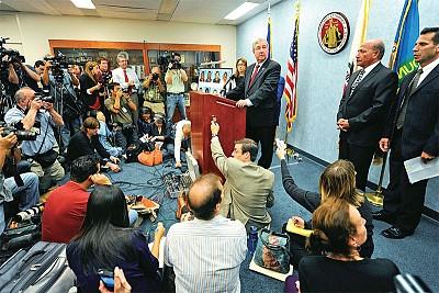 從貝爾醜聞看媒體推力──兩名美國記者的反腐戰鬥