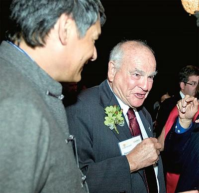 專訪諾貝爾醫學獎得主布隆伯格