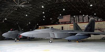 J-20隱形機是「空殼」?