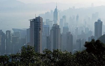 香港地產「成霸」之路