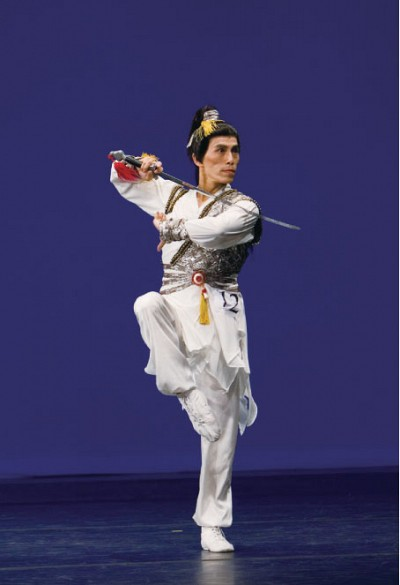 神韻舞蹈家陳永佳專訪 展現陽剛美 重塑男兒雄風