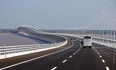 中國路橋亂收費 貨運司機也抓狂