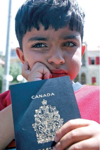 加國護照 竊賊新寵