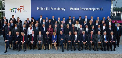 希臘瀕違約 歐盟大考驗