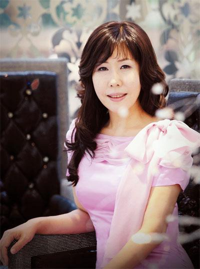 流行文化| 韓國婚紗設計師具滋連專訪