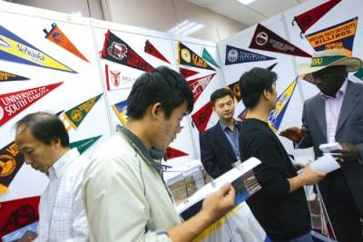 中國學生vs.美國大學各有一肚子苦水