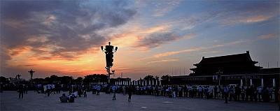 一億人反迫害13年 成中國政局焦點