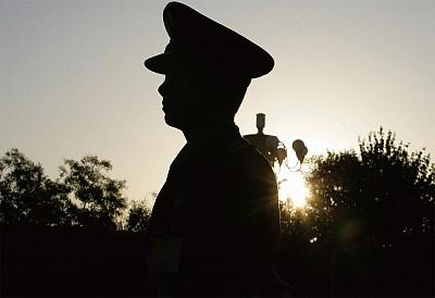 軍頭與薄「切割」後晉升  章沁生現身 谷俊山沉底