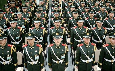 18大前北京南站戒嚴 38軍槍桿子對付舊同袍