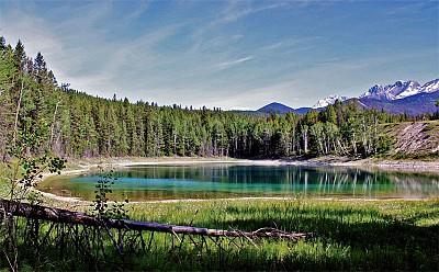 天涯遊蹤|拜訪幽谷碧潭 加拿大庫特尼國家公園