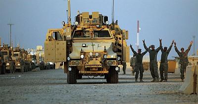 伊拉克歡送美軍撤離  九年巨變