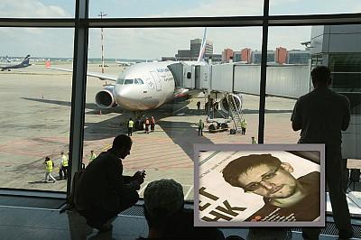 中共讓斯諾登離港 美國全球追捕