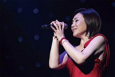 人物專訪|古訓相伴 韓國華僑歌后周炫美的成功路
