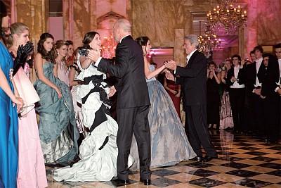 揭祕:紅三代「中國公主」 成人舞會