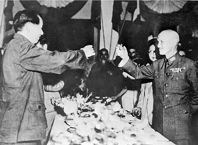蔣介石從一支煙誤判毛澤東