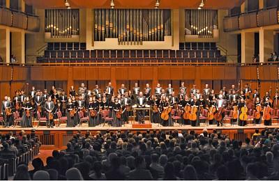 神韻交響樂團華府首演 觀眾感受神傳音樂的神聖
