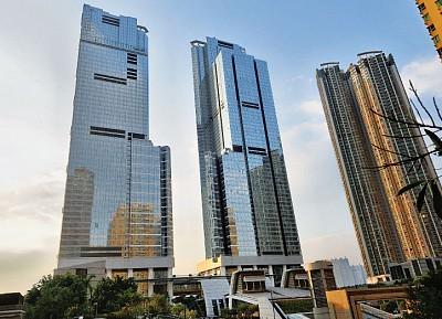 香港地產商奇招反辣 豪宅散貨吸大陸逃資