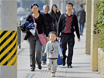中國大打人口經濟牌 「二胎」計畫未必如願