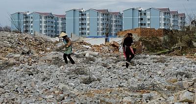 中國經濟觀察 兩會官方承認樓市 「局部已開始崩盤」