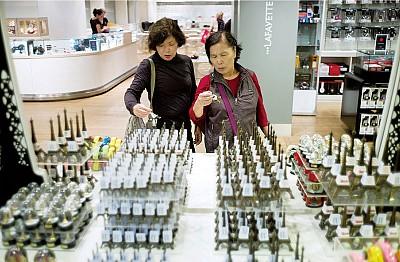 中國遊客文明禮儀 亟待改進