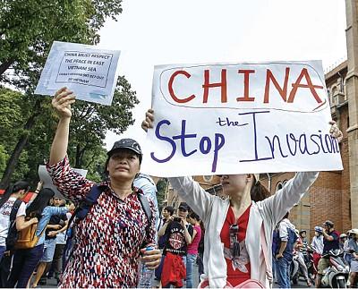 越南掀暴力排華潮 中共再做縮頭烏龜