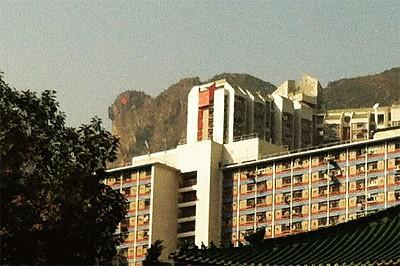 香港危局  紅眼石獅的傳說正在應驗