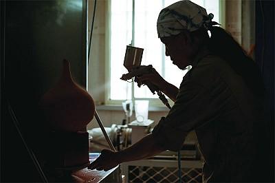 人物專訪 仿古工法 羅紹綺燒出典雅灰釉陶