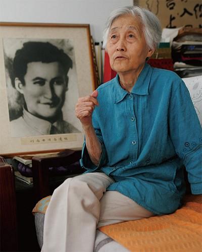 高規格追悼劉志丹女  習家再提張瀾瀾