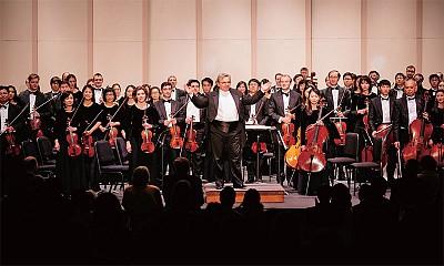 2015北美巡演落幕 神韻交響樂團傾倒上萬觀眾