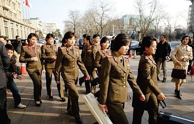 北韓樂團演出泡湯的四種緣由