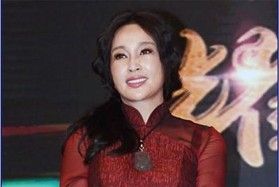 劉曉慶成奧巴馬第一貴賓 其紅火祕訣