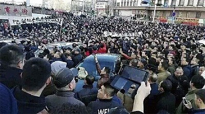 產能過剩惹的禍 罷工潮蔓延各地